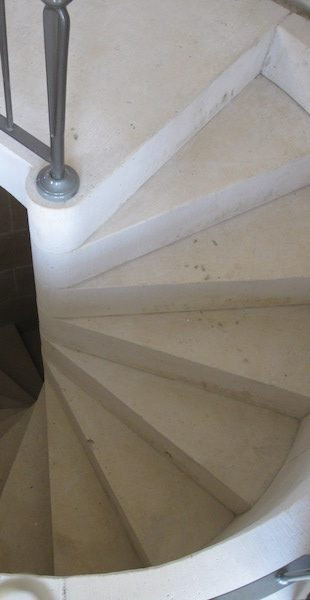 French Limestone - Stair case