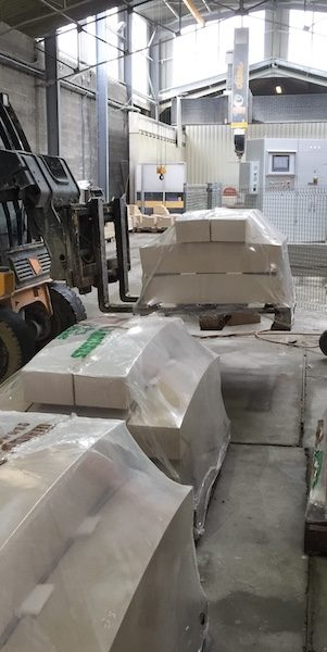 French Limestone factory cutting service